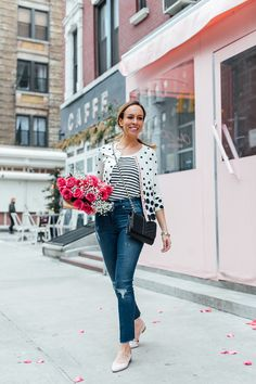 Fashion blogger @sydnesummer showcases how effortless the Mixed Dot Charming Cardigan from our O, The Oprah Magazine collection.
