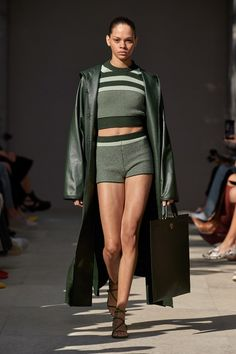 Spring 2020 Fashion Trends – Fashion Week Coverage - Mode Rsvp - Salvatore Ferragamo Spring Summer 2020 trends runway coverage Ready To Wear Vogue hot pants - 2020 Fashion Trends, Fashion Week, Fashion 2020, Runway Fashion, Fashion Jobs, Paris Fashion, Salvatore Ferragamo, Dope Fashion, Fashion Brand