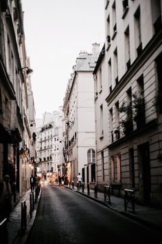 adventure     buildings     champagne     chic     city     classy     explore     girl     girly    luxury     street     theme     travel     tumblr     wanderlust     world