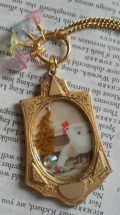 Vintage Chickens Photo Frame Necklace || Jewelry Photo Vintage Paper Flower Plastic Purple Blue Yellow Red Animals Sweet Cute Gold by DreamAddict on Etsy