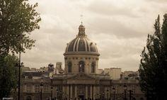 #Paris Institut de France ©John Helios