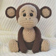 Crochet naughty monkey - free amigurumi pattern