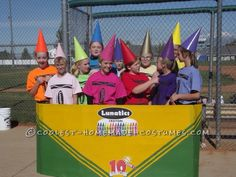 This Crayon girls group costume was half homemade. Our 12 and 13 year old LUNATICS softball team played a Halloween tournament dressed as Lunat. Halloween Costumes For Work, Hallowen Costume, Cute Costumes, Halloween Kostüm, Awesome Costumes, Halloween Havoc, Halloween Customs, Halloween Camping, Woman Costumes