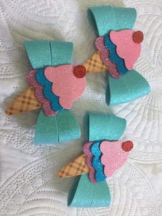 I Love Crafts: Ties of All Kinds step by step Diy Hair Bows, Making Hair Bows, Diy Bow, Handmade Gifts For Friends, Bow Template, Bow Pattern, Ribbon Art, Boutique Hair Bows, Flower Tutorial