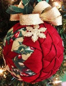Quilted Christmas Ornament Patterns: Deck Your Tree | No-sew ...