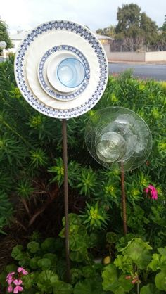 Upcycled Glass Flowers made by Tracy Feltus of Kapunda, SA