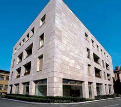Fassade Grolla Rosa scharriert und gebürstet http://marmor.premiumstone.eu