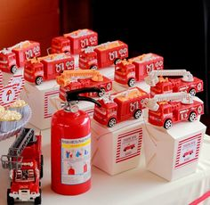 Trendy Ideas For Fire Truck Birthday Party Ideas Favors Firefighters Fireman Party, Firefighter Birthday, Fireman Sam, 3rd Birthday Parties, Birthday Party Favors, Festa Party, Fire Truck, Diy, Party Ideas