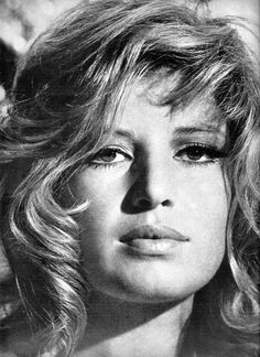 A young Monica Vitti. I'm kind of surprised that Jennifer Lawrence hasn't been compared to her in the media yet.