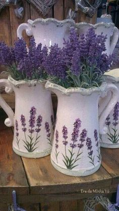 Aroma a lavanda Lavender Cottage, Lavender Blue, Lavender Fields, Lavender Flowers, Purple Flowers, Beautiful Flowers, French Lavender, Purple Love, All Things Purple