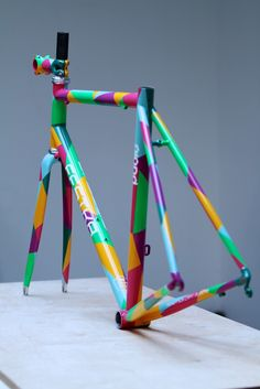 Geometric Bike Frame Design by Festka // #bikedesign #rideinstyle #geometricpattern