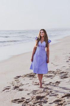 #OOTD // Button Down Fit & Flare Dress | BondGirlGlam.com // A Fashion, Beauty & Lifestyle Blog by Irina Bond