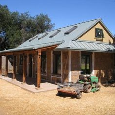 This lovely little straw bale building is an art and music studio for Kim Hamilton and Rob Deason, retired school teachers and artists. It is located in Deerhorn Valley, in eastern San Diego County, in an area that was heavily damaged by the wildfires in 2007. This new straw bale building replaces an old shed …