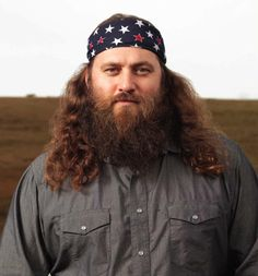 Pin for Later: 450 Pop Culture Halloween Costume Ideas Willie From Duck Dynasty