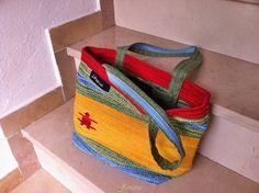 Estate, mare, colore...Borse con tappeti | Janana Craft and Bags