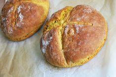 Recept: pompoenbrood. Wist je dat je pompoen ook uitstekend als ingredient kunt gebruiken bij het bakken van brood? Vegetarisch - Veganistisch