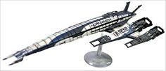 Mass Effect: Alliance Normandy Sr-2 Ship Replica : Includes Base: Amazon.de: Dark Horse Deluxe: Fremdsprachige Bücher