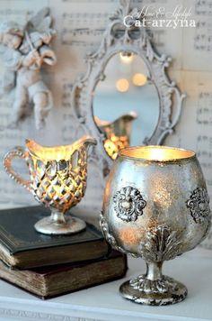 Orchard Design, Vibeke Design, Unicorn Pictures, Iron Orchid Designs, Vase Crafts, Decoupage Art, European Home Decor, Altered Bottles, Painted Wine Glasses