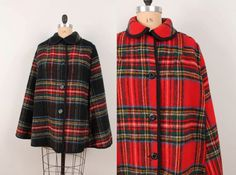 40 OFF 1960s Reversible Wool Cape  Womens L / XL  by pineapplemint, $47.40