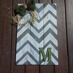 Wood fence (pallet) sign. Chevron stripe. Made by Danica 2015