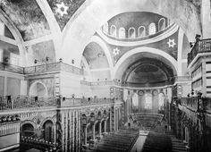 Iglesia de Santa Irene, interior Irene, Early Christian, Byzantine, Romania, Saint, Barcelona Cathedral, Taj Mahal, Empire, History