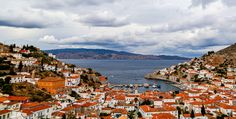 A view of Hydra Town