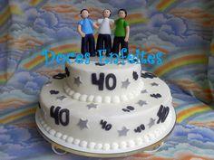 Bolo para Aniversario de 40 anos Encomendas:(21) 2652-6583 selmadocesenfeites@yahoo.com.br selmadocesenfeites@gmail.com