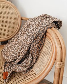 WildBird is a quick, easy and beautiful Baby Carrier. Wildbird Ring Sling, How Big Is Baby, Bold Prints, Wild Birds, Beautiful Babies, Linen Fabric, Brown And Grey, Cozy
