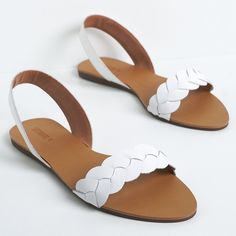 The light simple sandals. Coral Sandals, Shoes Flats Sandals, Leather Sandals, Shoe Boots, Trendy Sandals, Cute Sandals, Simple Sandals, Dream Shoes, Custom Shoes