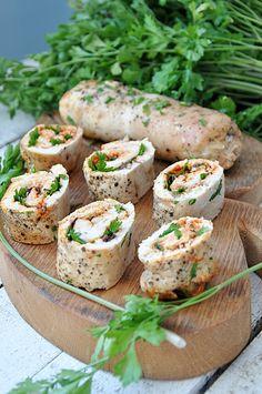 Roladki z kurczaka Vegan Runner, Vegan Gains, Polish Recipes, Polish Food, Cooking Recipes, Healthy Recipes, Easy Food To Make, Food Design, Family Meals