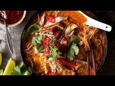 This Laksa recipe is just like the laksa you get from real Malaysian laksa joints. You can't just dump laksa paste from a jar into coconut milk! Laksa Soup Recipes, Laksa Recipe, Fresco, Chefs, Recipetin Eats, Recipe Tin, Salsa, Asian Recipes, Ethnic Recipes