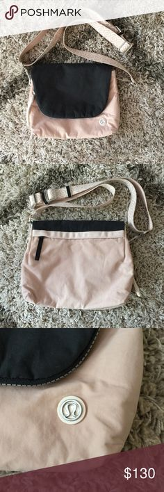 Lululemon Party Om Bag EUC. No visible signs of wear, please refer to the photos as they are part of the description. Cheaper via 🅿️🅿️. lululemon athletica Bags Crossbody Bags
