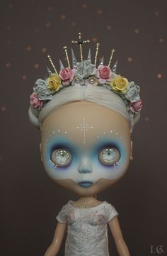 blythe repaint - WOW. Probably the only time you will see a Blythe doll on this board so soak it up...