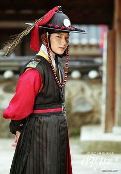 Lee Jun Ki - Arang and the Magistrate