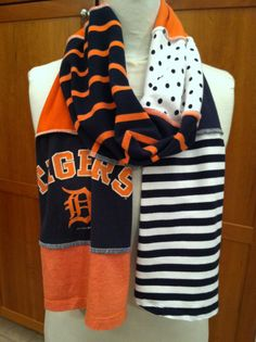 Detroit Tigers scarf; I want to make one of these with my GVSU & AST t-shirts!!!