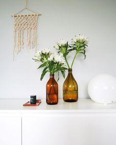 viime viikolla... Vase, Blog, Home Decor, Decoration Home, Room Decor, Blogging, Vases, Home Interior Design, Home Decoration