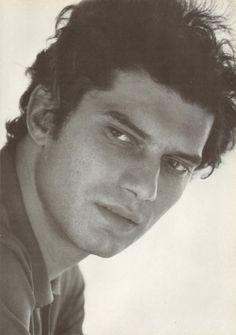 Luigi Tenco, biografia e canzoni