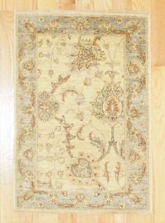 2'2X3' Traditional Hand Knotted Rug