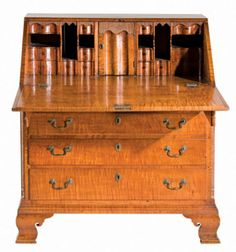 Top lot of the sale was this 18th-century Pennsylvania Chippendale tiger maple desk, which sold for $41,400. Image courtesy Leland Little Auction & Estate Sales Ltd.