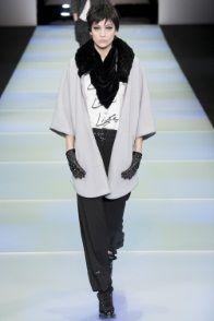 Gli outfit e gli accessori di Emporio Armani presentati per Collezioni Autunno Inverno 2014-15