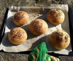 Dieta ketogeniczna - moje pierwsze wrażenia Lchf, Gluten Free Recipes, Free Food, Hamburger, Muffin, Bread, Meals, Cooking, Breakfast