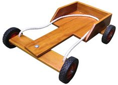 Soap Box Derby Cars, Soap Box Cars, Soap Boxes, Diy Projects To Build, Custom Woodworking, Woodworking Projects Plans, Kids Go Cart, Wooden Go Kart, Making Wooden Toys