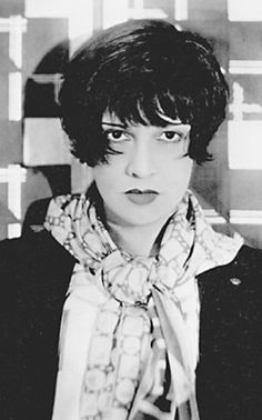 Anita Loos via A Mythical Monkey - doesn't she just look dangerous (in the best possible way??)