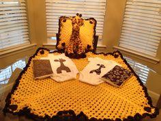Giraffe baby blanket, onesie and burp cloth set #anabmadeit