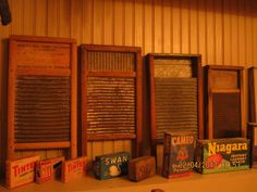 Washboard Collection: I have one that was my great grandmother's. Rustic Primitive Decor, Country Primitive, Anton, Old Washboards, Garage Entry, Wash Tubs, Vintage Laundry, Doing Laundry, Old Tools