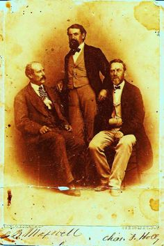 This is a famous picture of Lucian Maxwell and two of his business associates that is from Paulita Maxwell's own photo album. Pat Garrett, Old West Photos, Santa Fe Trail, Famous Pictures, Billy The Kids, Beading Projects, Wild West, New Mexico, Ancestry