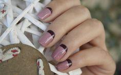 Manicura francesa invertida MIA Laurens Paris - Tono Rose Smoke y Rustic Wine que podéis conseguir en nuestra tienda online: www.mia-laurens.com #nailart #manicure #nailpolishes #beauty #frenchmanicure #nailartist #nailtrends