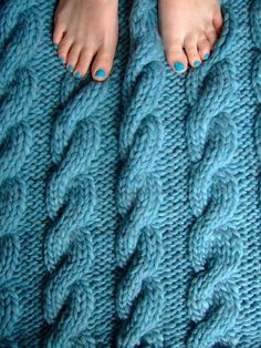 I can't wait for jane brocket's new book to come out! I love this blanket (and her toes!) #knitting #nailpolish