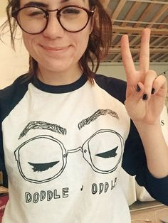 (∩ ͡° ͜ʖ ͡°)⊃━☆゚. * ・ 。゚ dodie clark || doddleoddle