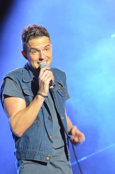 this is such an odd smile Hello Gorgeous, Beautiful Boys, Mr Brightside, Brandon Flowers, Martin Freeman, Cute Faces, Love People, True Stories, The Man